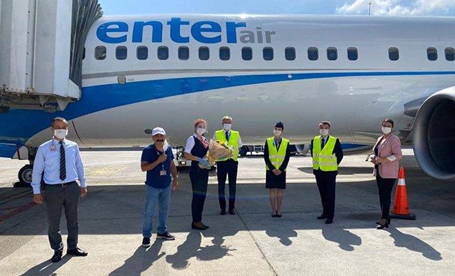 Enter Air Antalya Havalimanına indi!