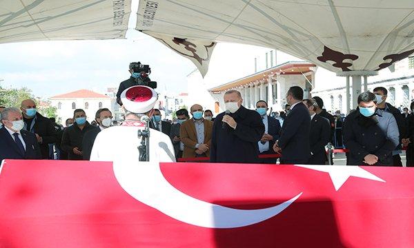 Erdoğan, Burhan Kuzu'nun cenaze törenine katıldı(video)