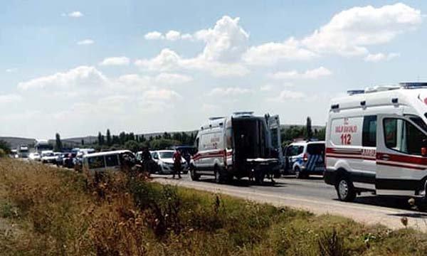 Eskişehir'de kaza: 1 çift öldü, 1 çift yaralandı