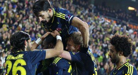 Fenerbahçe, Akhisar Belediyespor'u 4-0 mağlup etti