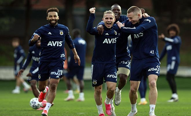 #Fenerbahçe'de Kasımpaşa hazırlıkları sürüyor