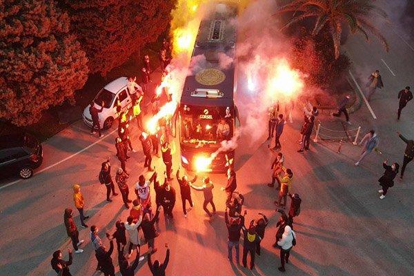 Fenerbahçe kafilesi, Hatay'da(video)