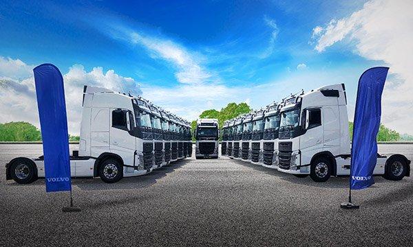 Flay Lojistik'e Volvo FH500 Turbo Compound kamyon teslim edildi