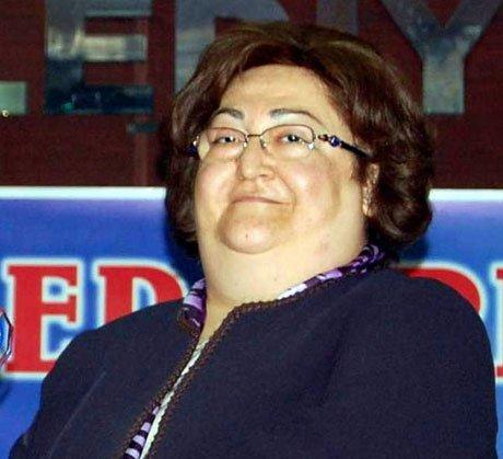 Güldal Akşit, hastaneye kaldırıldı.
