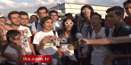 Havaalanı nda Lady Gaga İzdihamı