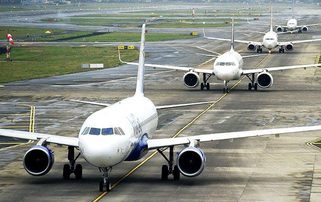 Havalimanı'nda teknik arıza uçuşları durdurdu