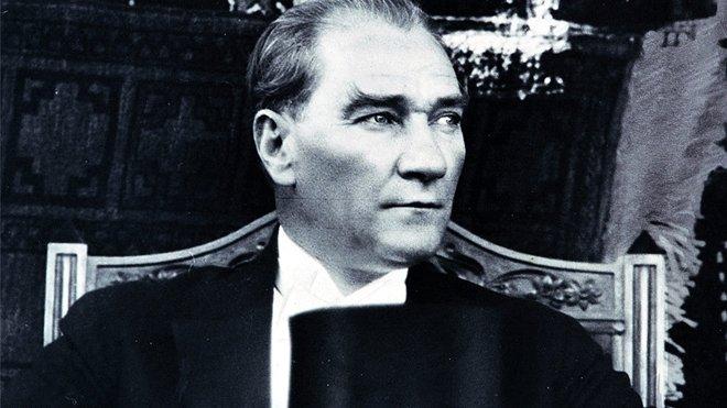 İlk Uçak Fabrikasını Atatürk Kurdu