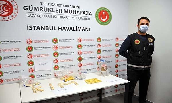 İstanbul Havalimanı'nda 3 uyuşturucu kuryesi yakalandı(video)