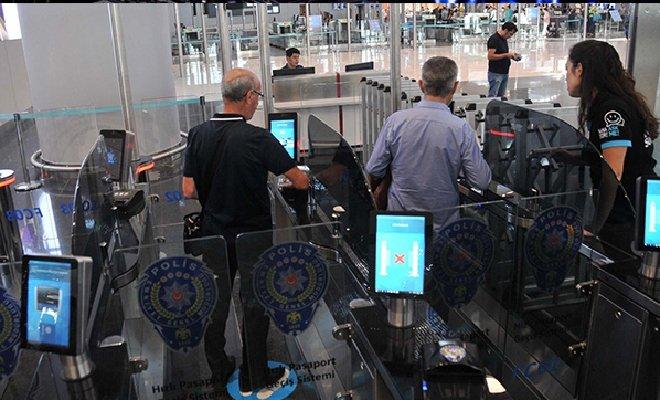 İstanbul Havalimanı'nda pasaport hizmet anketi