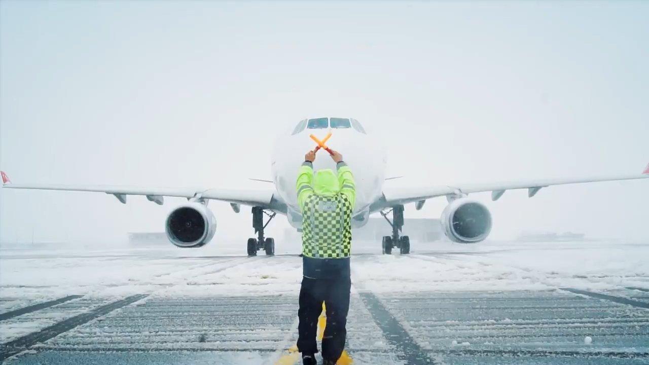 İstanbul Havalimanı'nda operasyon asla durmaz(video)