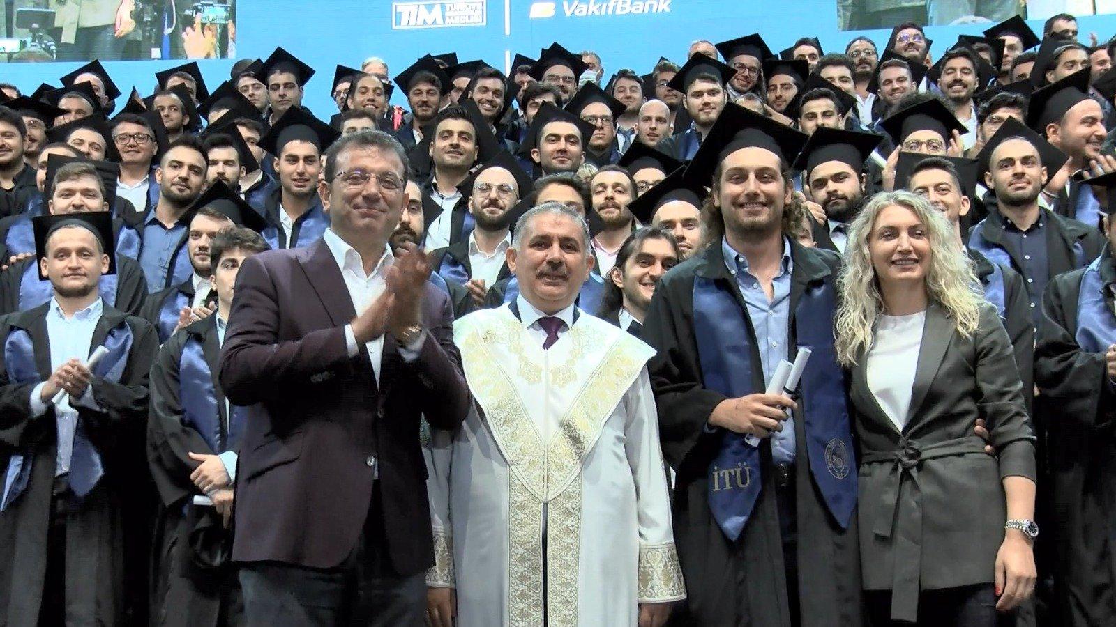 İTÜ'den mezun olan 3 bin 500 öğrenciye tören #video