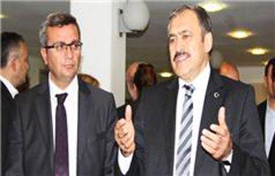 İzmirliler CHP'yi sandığa gömecektir