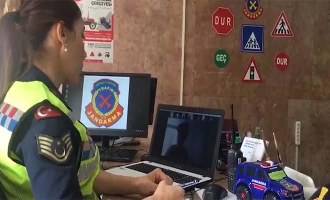 Jandarma Trafik Haftası dolayısıyla bilgilendirme yaptı#video