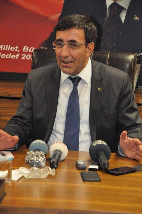 Kalkınma Bakanı Cevdet Yılmaz'dan Başörtülü Vekil Yorumu