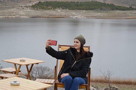 'Kapadokya'nın kalbi' Narlı Göl'de ilkbahar(video)