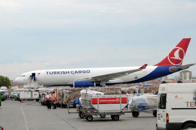 Kargo uçakları Atatürk Havalimanı'na inecek