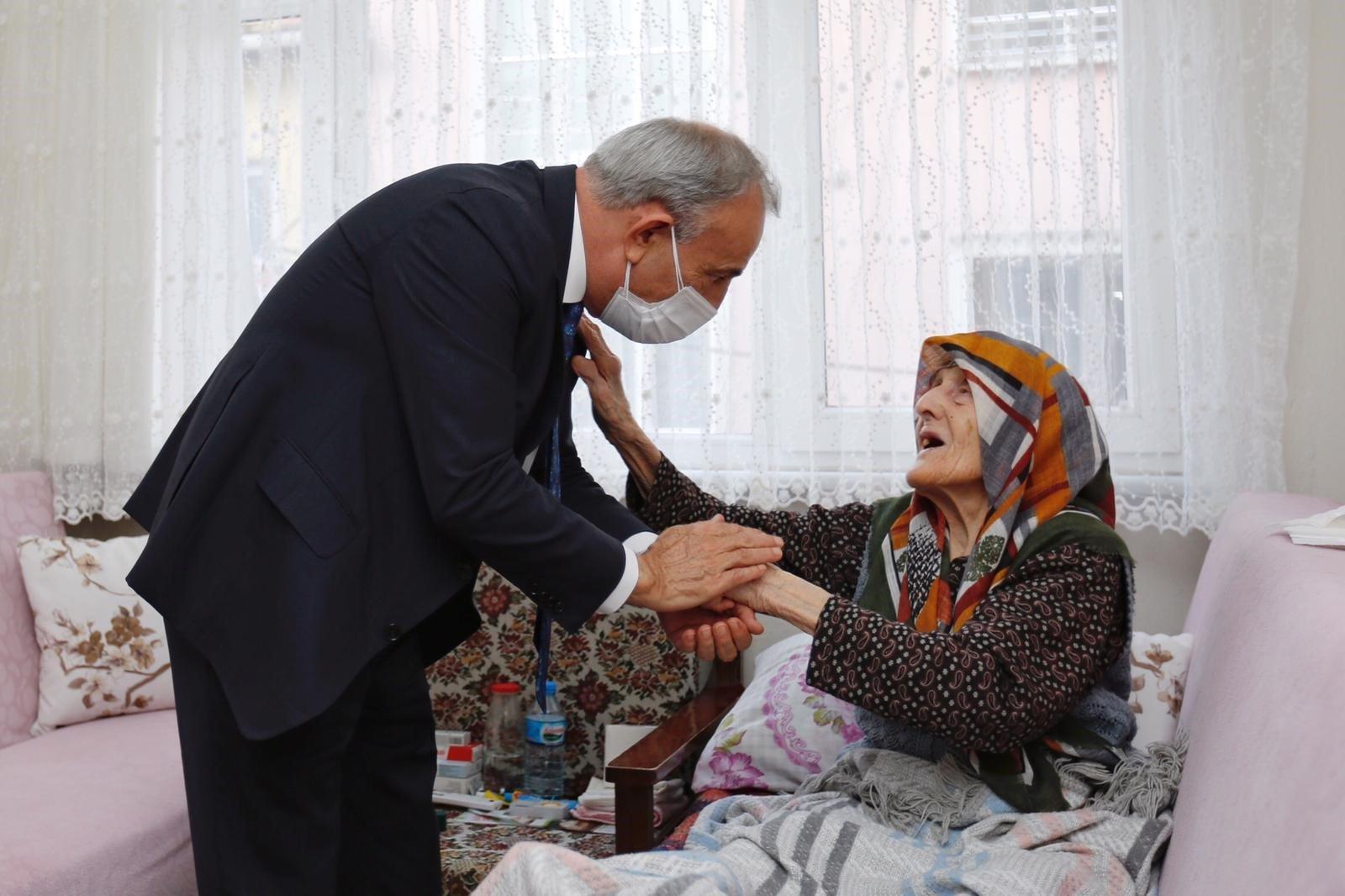 Kemal Çebi: Büyüklerimiz baş tacımız