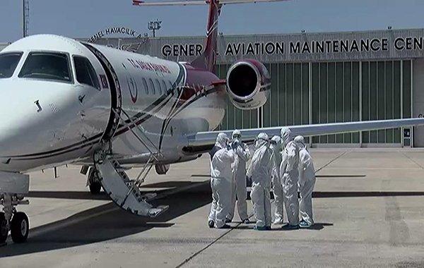 Koronavirüs hastaları Atatürk Havalimanı'na geldi!