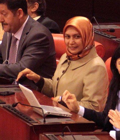 Meclis Genel Kuruluna Başörtülü Katılan Milletvekili Saysı 5'e Yükseldi.