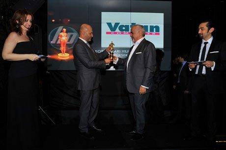 Ödülü Vatan Bilgisayar Genel Müdürü Hasan Vatan aldı.