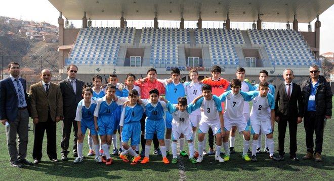 Okullar arası futbol müsabakaları başladı