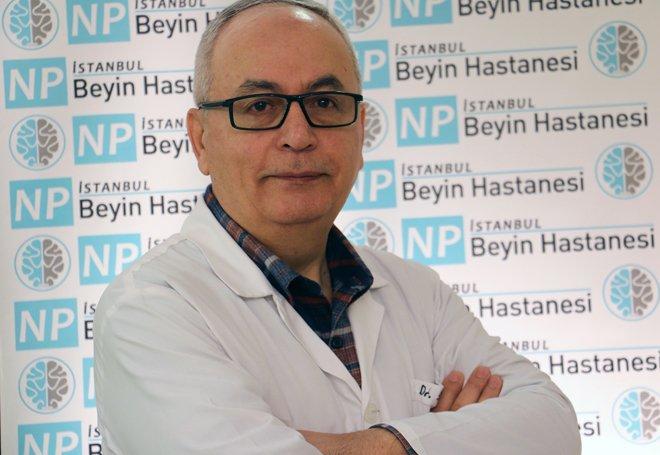 Op. Dr. Özer, NPİSTANBUL Beyin Hastanesi'nde