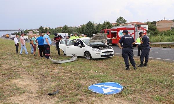Otomobil ile minibüs çarpıştı: 1 ölü, 8 yaralı