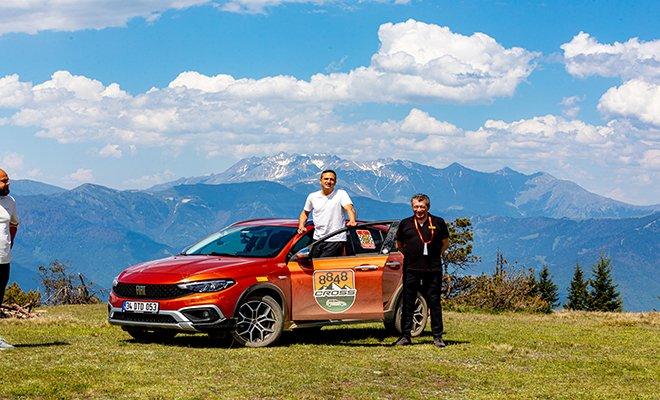 Pirelli'den 8.848 metrelik 'Everesting' meydan okuması…