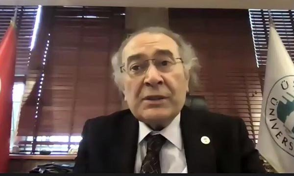 """Prof. Dr. Nevzat Tarhan: """"Evlilik, iyi bir kombin olabilmektir"""""""