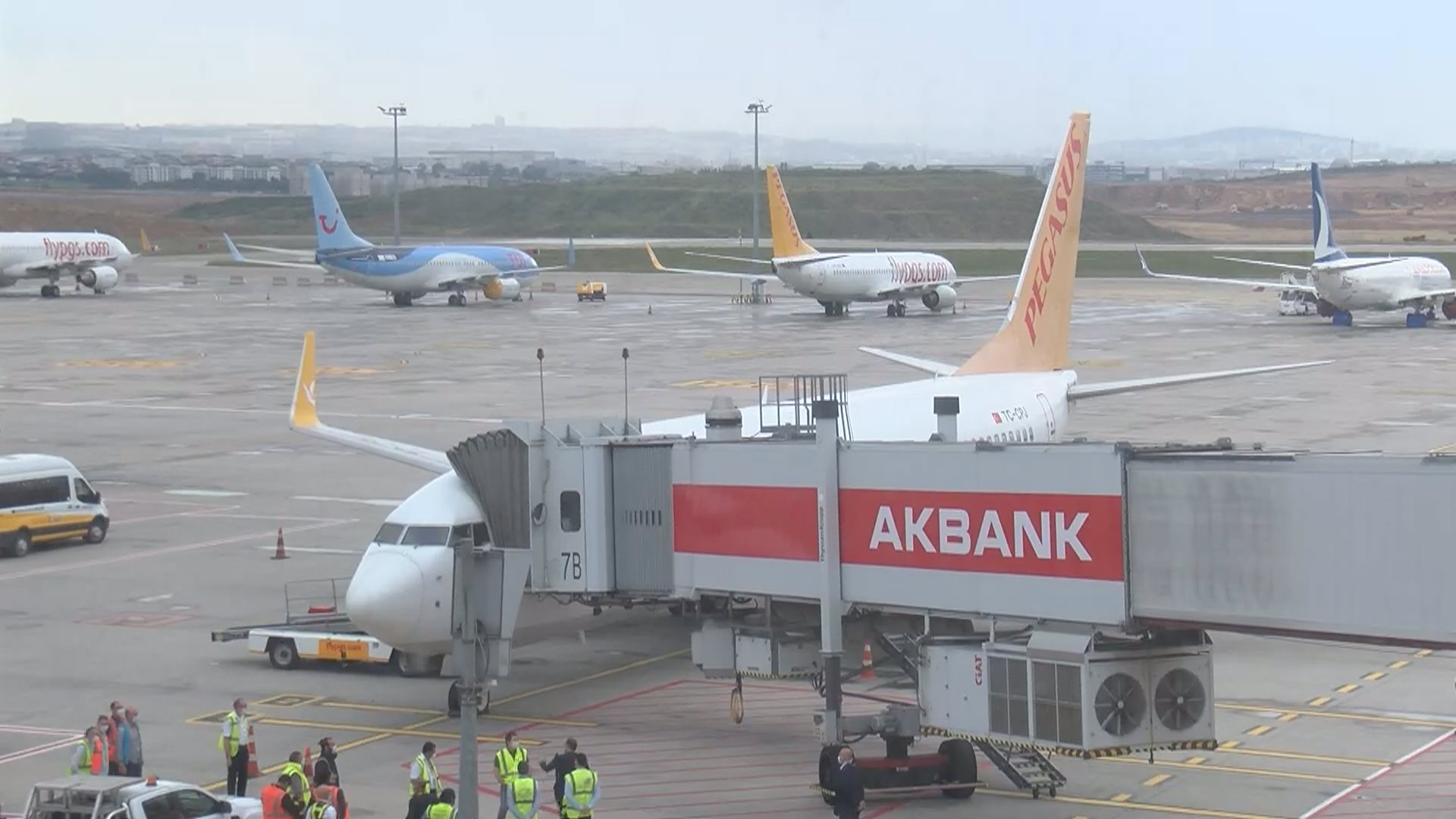 Sabiha Gökçen Havalimanı'nı 4 Haziran'da 15 bin yolcu kullandı.