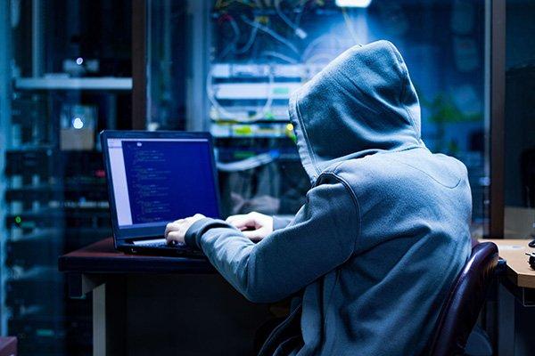 Şifre Saldırılarından Korunmak için En Etkili 5 Adım