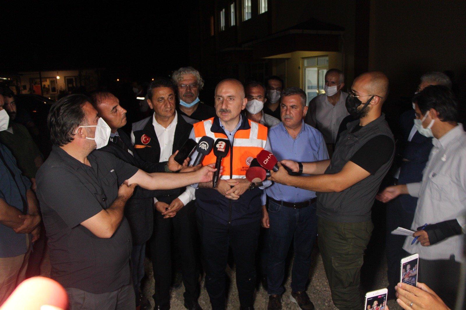 Sinop'taki selde ölü sayısı 8'e yükseldi#video