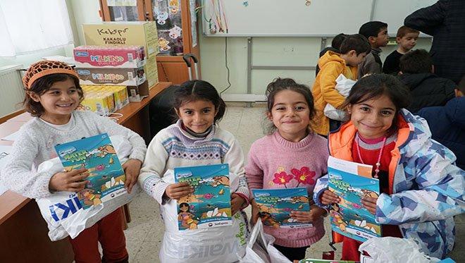 SunExpress çalışanlarından ihtiyaç sahibi çocuklara yardım eli