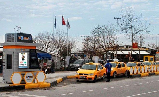 Taksi minibüs ve dolmuş durakları İSPARK'a emanet