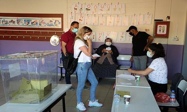 Tekirdağ'da 6 mahallede muhtar seçimi #video