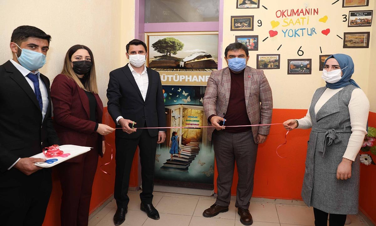 THY çalışanı Ağrı'ya 9 kütüphane 1 anaokulu kazandırdı(video)