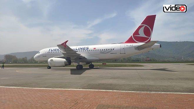 THY uçağı Zonguldak'a böyle indi!