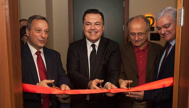 """Türkiye'nin ilk """"Akıllı TV Laboratuvarı"""" açıldı."""