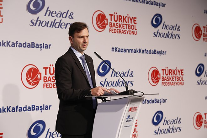 """Turnaoğlu: """"Basketbola destek vermeye devam edeceğiz"""""""