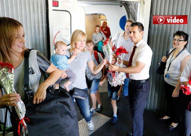 Uçak Dolusu Rus Antalya'da