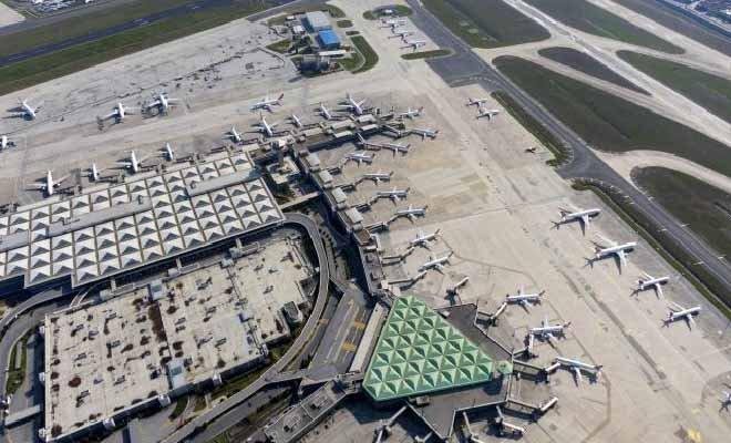 video Atatürk Havalimanı apronu uçaklarla doldu.