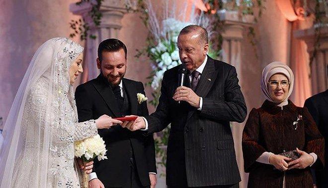 video Erdoğan yeğeninin nikah şahitliğini yaptı