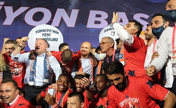 video Şampiyon Başakşehir!
