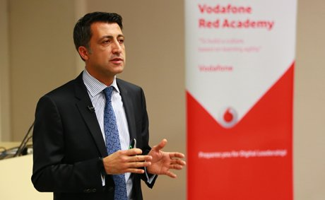 Vodafone Türkiye CEO'su Gökhan Öğüt, İTÜ'de