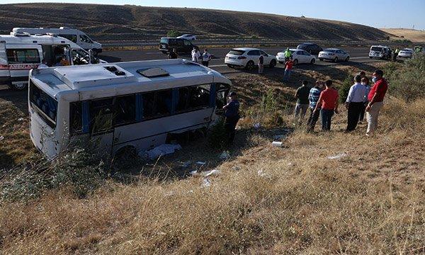 Yolcu otobüsü, ASELSAN çalışanlarını taşıyan midibüse çarptı