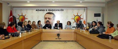 Ziyaettin Yağcı,AK Parti'li kadınlarla tanıştı.